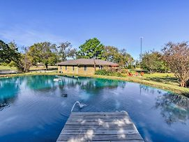 Pottsboro Home On 2 Acres W/Jacuzzi, Near Marina! photos Exterior