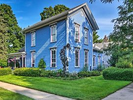 'Pentwater Blue' Cottage 4 Blocks From Beach! photos Exterior