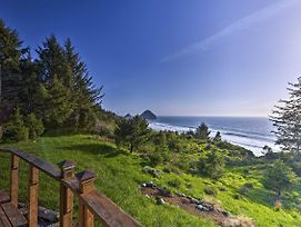Forested Gold Beach House W/Panoramic Ocean Views! photos Exterior