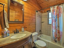 Great Views! Hot Tub And Minutes To Biking And Hiking! photos Exterior