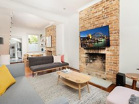 Designer Home In The Heart Of Surry Hills photos Exterior