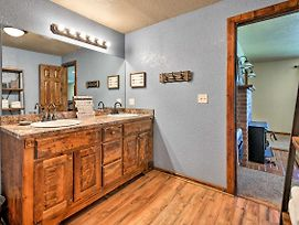 Mcalester Family Cottage-30 Private Acres And Ponds! photos Exterior