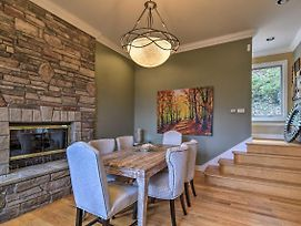 Luxury Asheville Area Home W/ Game Room & Deck! photos Exterior