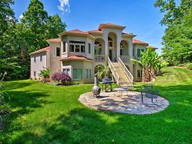Upscale Belmont Villa W/ Patio & Lake Wylie Access photos Exterior
