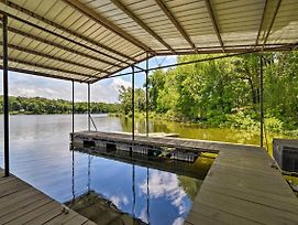 Waterfront Lake Barkley Home W/ Deck + Grill! photos Exterior