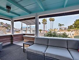 Charming Catalina Home W/Deck, 0.1Mi To Beach photos Exterior