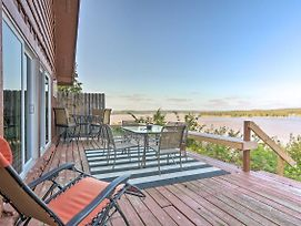 Family Cabin With Deck And Grand Lake Views! photos Exterior