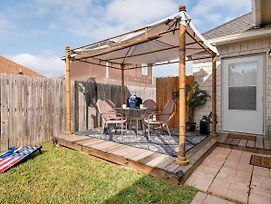 Charming Studio In The Heart Of Mission,Tx photos Exterior