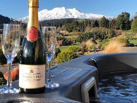 Heavenly Spa Views - Ohakune Holiday Home photos Exterior