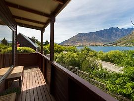 Frankton Views - Queenstown Holiday Home photos Exterior