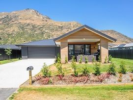 Wanderlust - Queenstown Holiday Home photos Exterior