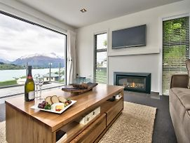 Lake Views On De La Mare - Queenstown Holiday Apartment photos Exterior