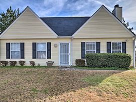 Atlanta Area Family Home - 11 Mi To Downtown! photos Exterior