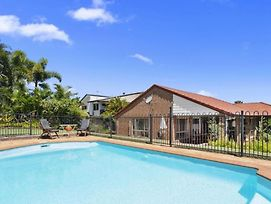 Bb233 Banksia Beach Family Home - 4 Bedrooms photos Exterior