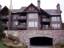 Painted Cliff By Whistler Premier photos Exterior
