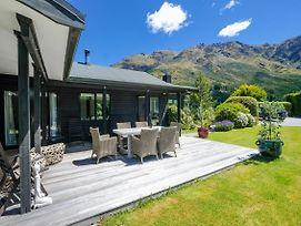 Arthurs Point Mount Views - Queenstown Holiday Home photos Exterior