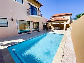 Spectacular 3 Bedroom House With Own Pool 170B photos Exterior