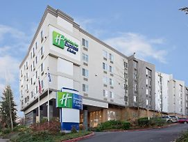 Holiday Inn Express Hotel & Suites Seatac photos Exterior