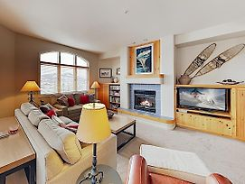 New Listing! Ski-In/Ski-Out Gem + Resort Amenities Townhouse photos Exterior