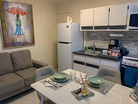 Remodeled Apt With Terrace & Laundry. Pet Friendly photos Exterior