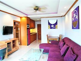 View Talay 1A Modern Fully Equiped Modern 1 Bedroom Pattaya photos Exterior