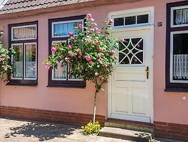Amazing Home In Friedrichstadt W/ Wifi And 1 Bedrooms photos Exterior