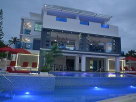 Luxury Villa photos Exterior