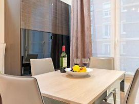 Wonderful Flat Near Eiffel Tower By Guestready photos Exterior