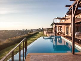 9 Bedroom With Infinity Pool Absolute Villa photos Exterior