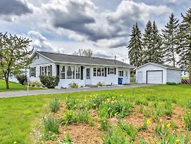 Cozy Houghton Lake Heights Cottage W/Private Yard photos Exterior