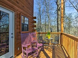 Gatlinburg Studio + Loft W/ Private Hot Tub! photos Exterior