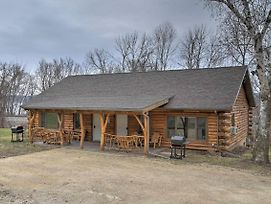 Ferryville Cabin W/Deck-Close To Mississippi River photos Exterior
