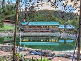 The Lodge At 'Snover Lodge & Stables' In Greer! photos Exterior