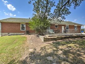 Home With Patio - Mins To Branson And Lake Taneycomo! photos Exterior