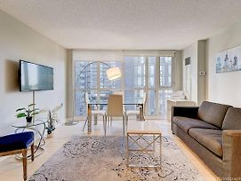 Instant Suites 3 Bedroom Upscale Condo With Balcony And City Views photos Exterior
