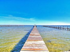 Historical Waterfront Cottage! Private 20 Foot Pier! Amazing Water Views photos Exterior