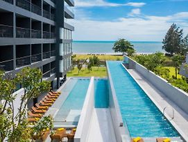 Ana Anan Resort & Villas Pattaya photos Exterior