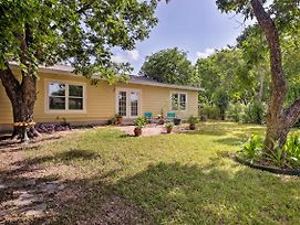 San Antonio Home W/ Yard ~8 Mi To Downtown! photos Exterior