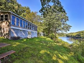 Beach Lake Cabin On Delaware River With Sunroom! photos Exterior