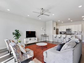 Modern Culture-Historic Bywater Condo! Comfy Beds! photos Exterior