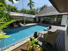 Private Pool Villa: Near To Layan Beach, Set In Lush Tropical Garden photos Exterior