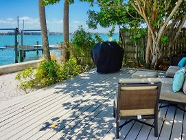 Pass-A-Grille Beach Intcoastal Dock Home 1805 By Techtravel photos Exterior