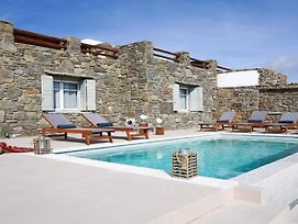Gorgeous Cycladic Ortus Navy Villa With Pool 3Bed & 2Bath Sleeps 5! photos Exterior