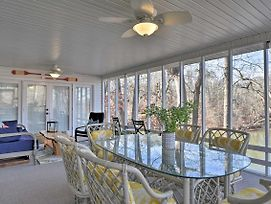 Large Lavonia Home W/ Party Dock On Lake Hartwell! photos Exterior