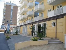 Apartments In Rimini 21437 photos Exterior