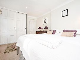 Chelsea Beautiful 1 Bed Apartment In Mansion Block With River View Cheyne Walk photos Exterior