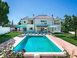 Almancil Villa Sleeps 8 With Pool Air Con And Wifi photos Exterior