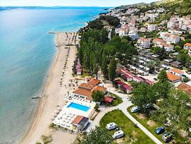 Bungalow Luxury Mobile Homes Omis photos Exterior
