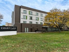 Courtyard By Marriott West Springfield photos Exterior
