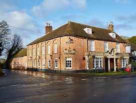 Wheatsheaf Basingstoke By Greene King Inns photos Exterior